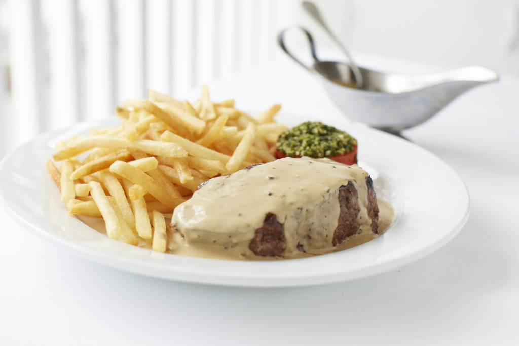 le-charlot-steak-au-poivre